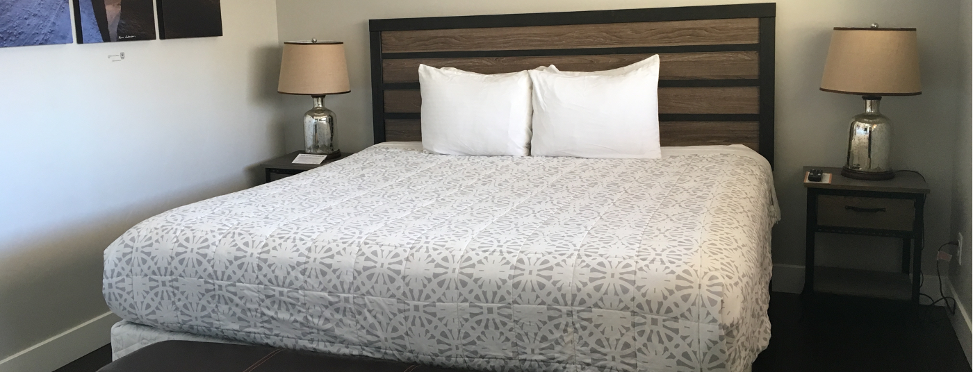 FLAGSTONE BOUTIQUE INN & SUITES ROOMS